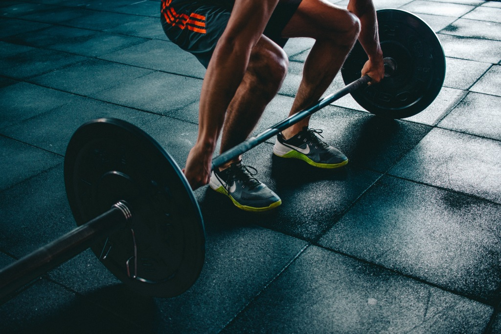 Durante un allenamento è importante riconoscere i segnali del corpo, quando ha bisogno di essere idratato