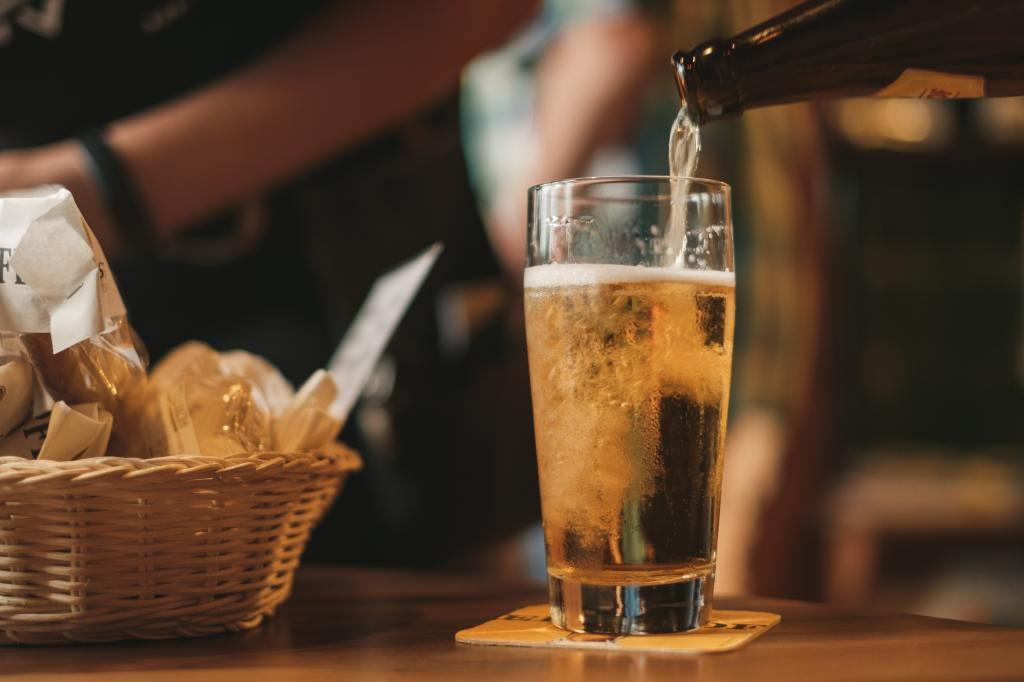 Degustare una birra artigianale dovrebbe essere un viaggio sensoriale alla scoperta di gusti e profumi diversi.