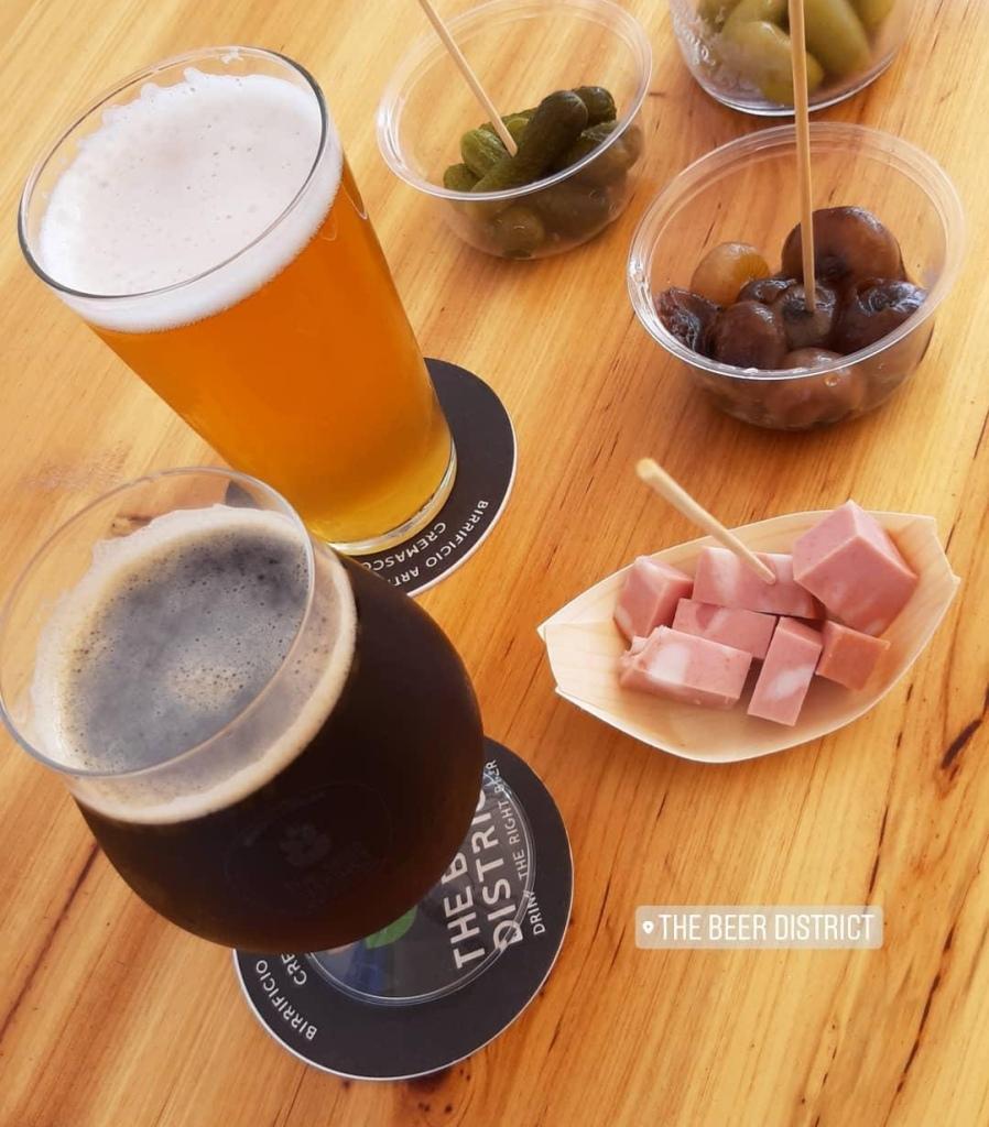 Cream Ale e Scotch Ale con gli stuzzichini del The Beer District